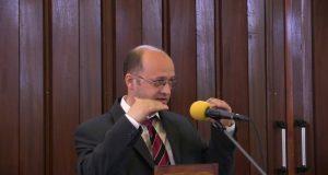 Florin Stoica – Iubiți pe vrăjmașii voștrii!