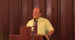 Florin Stoica : Problemele specifice metropolelor : 1 Cor 1,1- 3