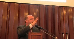 Florin Stoica: Rom  4 / Justificare și sfințire