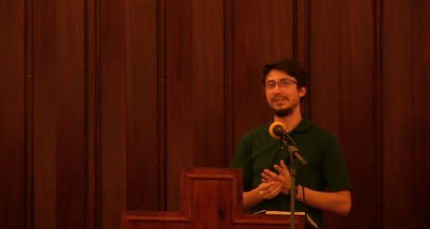Iulian Banari : Oamenii nu se pot desvinovății